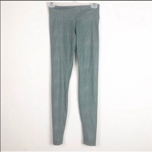 lululemon wunderunder leggings in earl gray